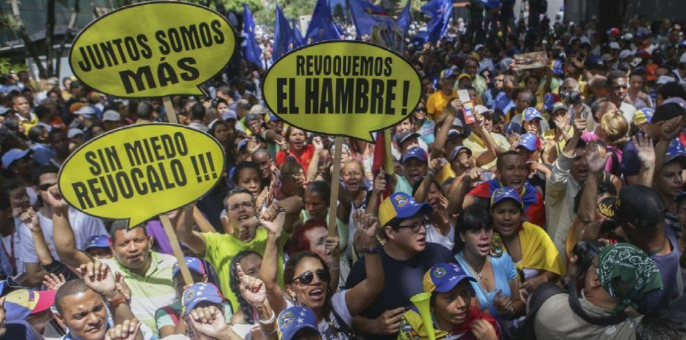 Gobierno de Maduro se enfrenta a nuevas marchas opositoras