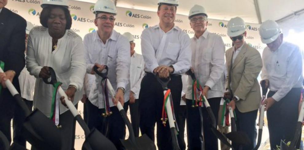 AES inicia trabajos de construcción de la primera planta de gas natural