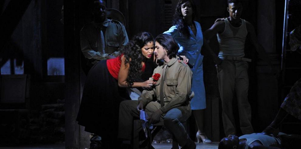 'Carmen la Cubana' al son del chachachá