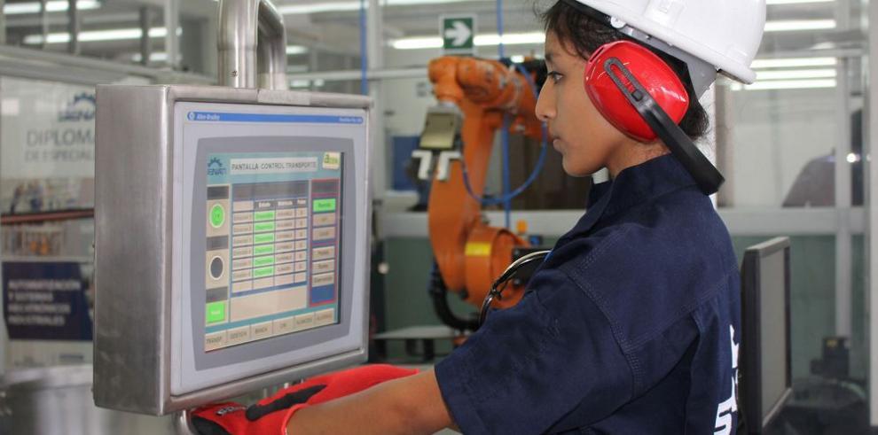 Economía de Perú crecerá 4% en 2016 y 5% en 2017