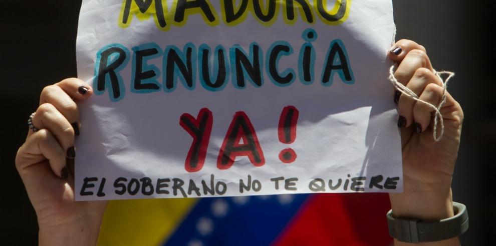 Oposición venezolana moviliza fuerzas para exigir renuncia de Maduro