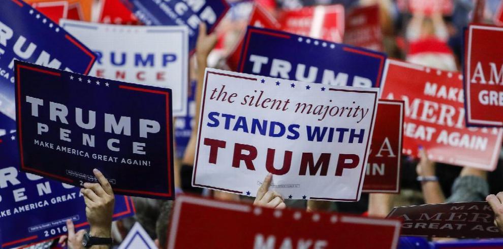 Bondi 'perdona' a Trump, basada en valores cristianos