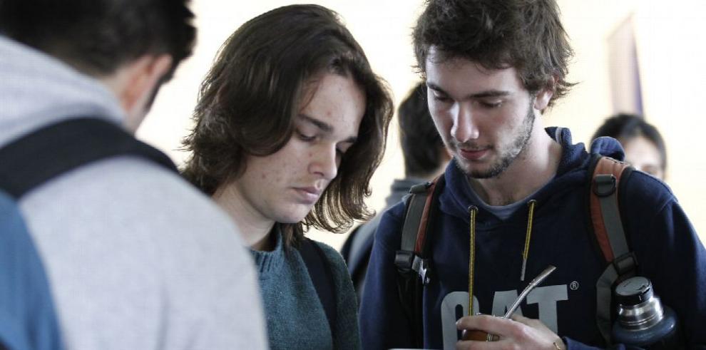 Uruguay apuesta por APP para educación