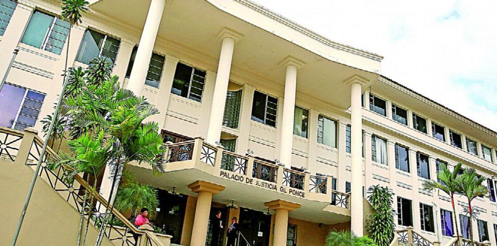 La Corte suspende aumento del bono de retiro en la UP