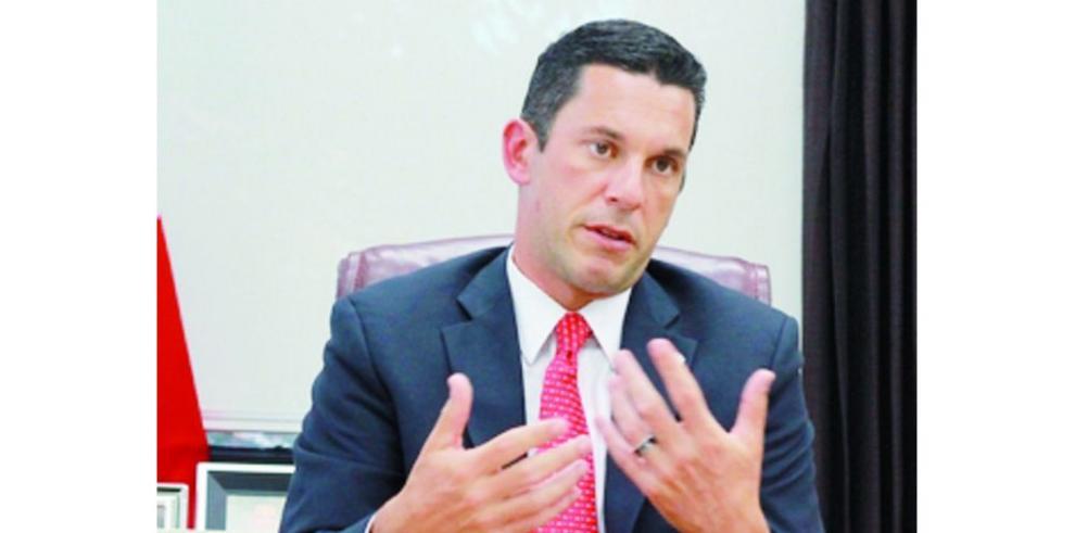 Panamá insiste en escoger método