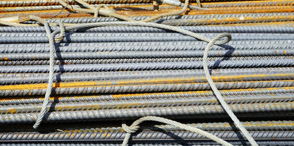 Caen precios de algunos materiales de construcción en Panamá