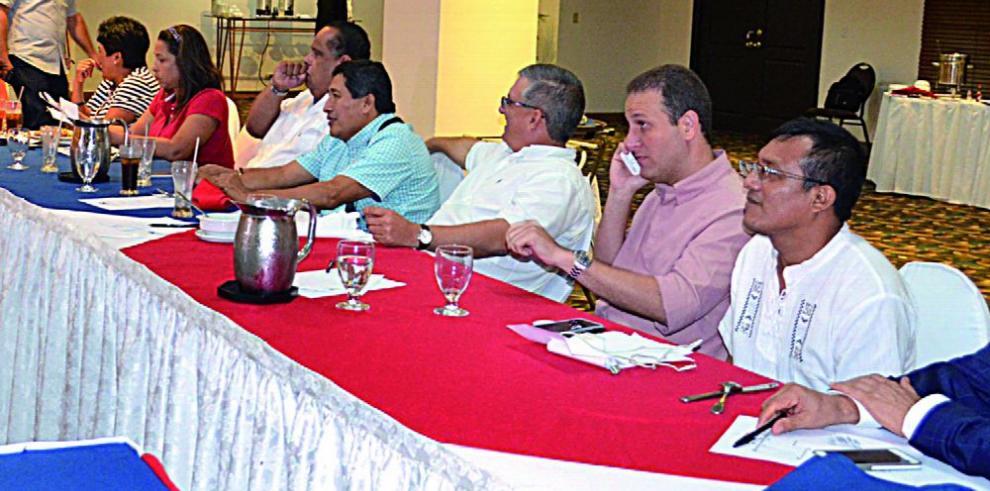 Arrecian diferencias políticas entre los diputados del PRD