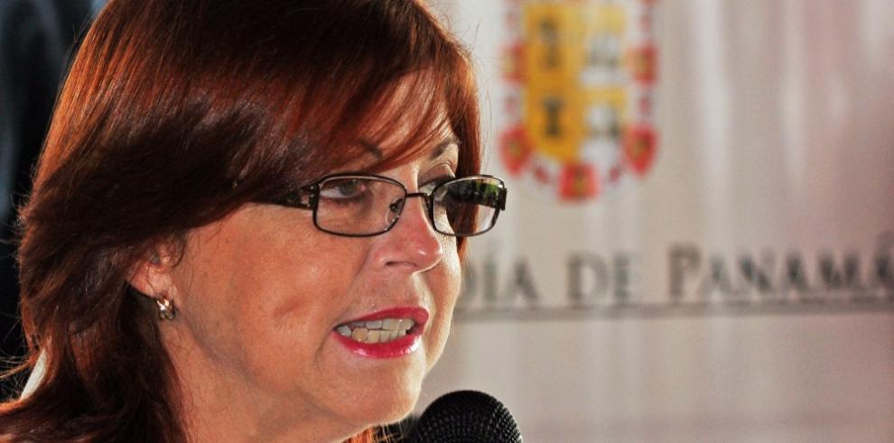 Juez español pide interrogar a Roxana Méndez por caso Púnica