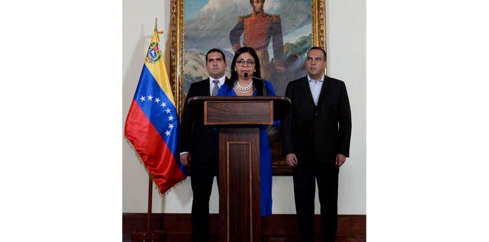 Venezuela revisa trato con EE.UU.