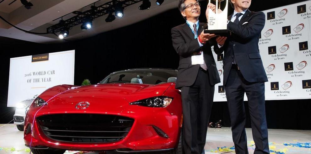 Mazda arrasa con los premios