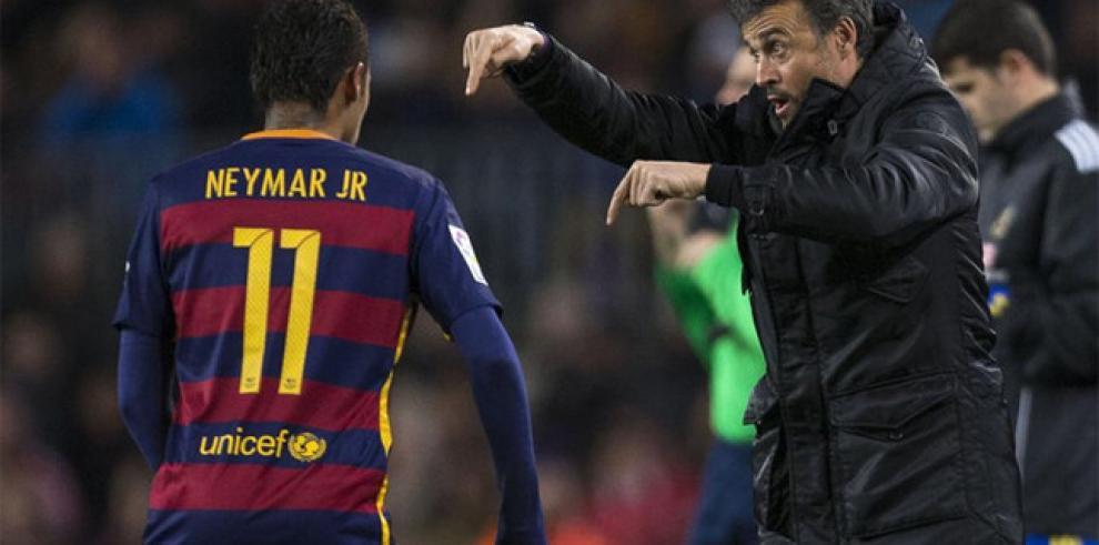 Luis Enrique cree que Neymar renovará con el Barcelona