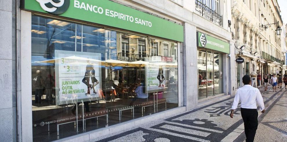 Niegan beneficios al comprador del Novo Banco en Portugal