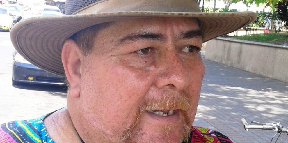 Frank Gómez, el inmigrante que se proclama