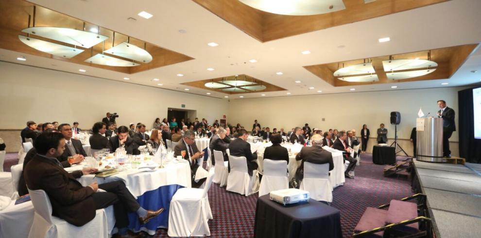 Instalarán centro de distribución de productos mexicanos en ZLC