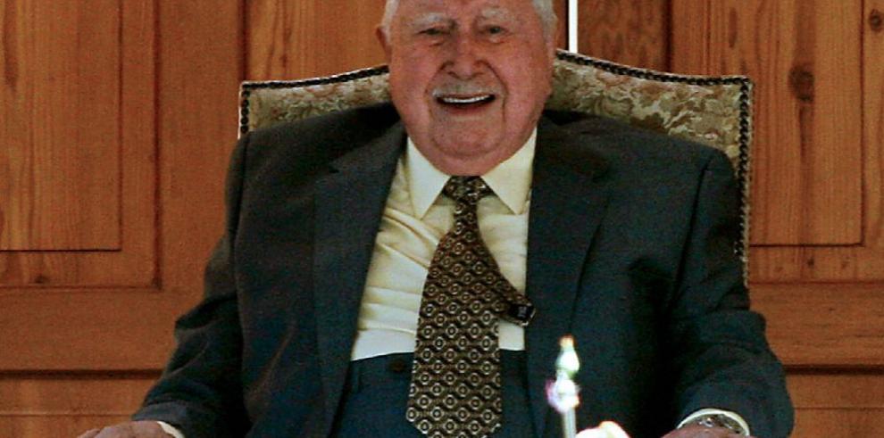 Piden investigar otros crímenes de Pinochet