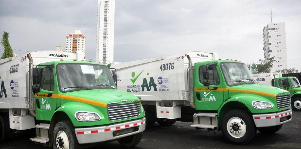 AAUD adquiere nuevos camiones recolectores