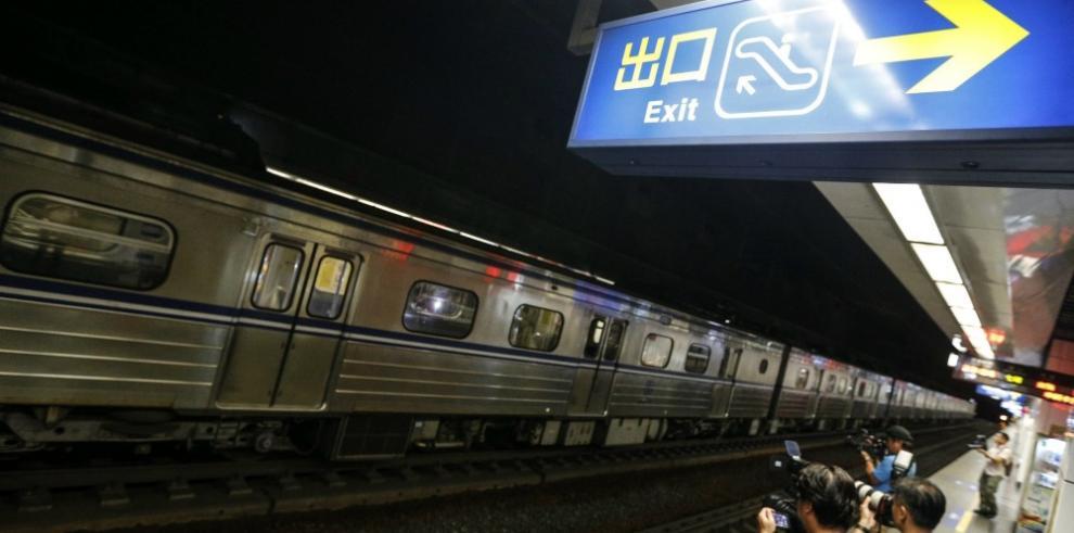 Al menos 21 heridos por explosión en un tren en Taipei