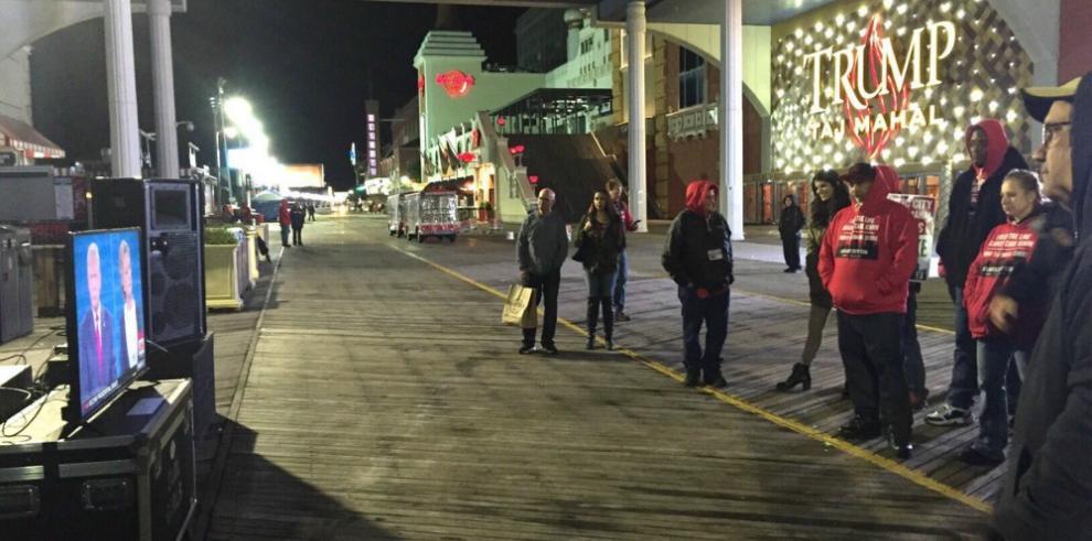El hotel y casino Trump Taj Mahal de Atlantic City cierra sus puertas