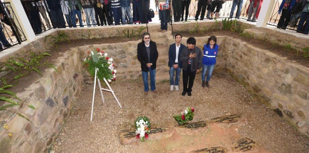 Homenajean a Ernesto 'Che' Guevara en Bolivia