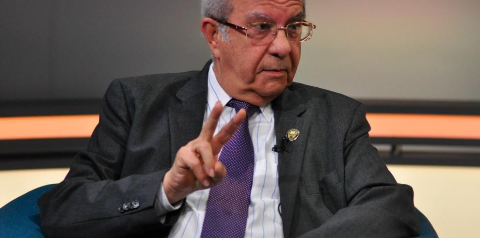 Piden al MP que le impida salir del país a Gustavo García de Paredes