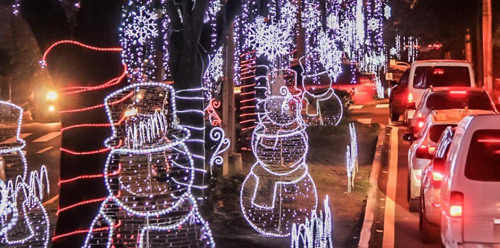 Se inicia la temporada navideña en la ciudad