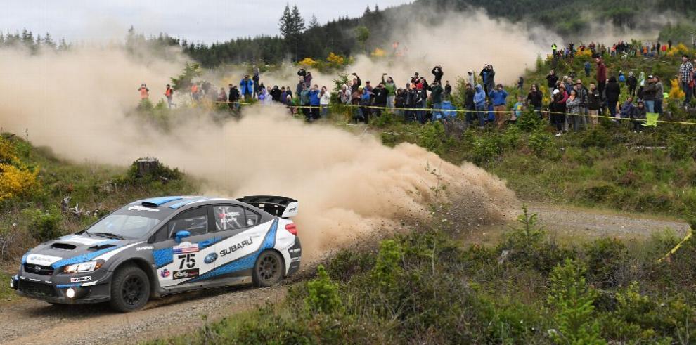 David Higgins conquista el Olympus Rally con Subaru