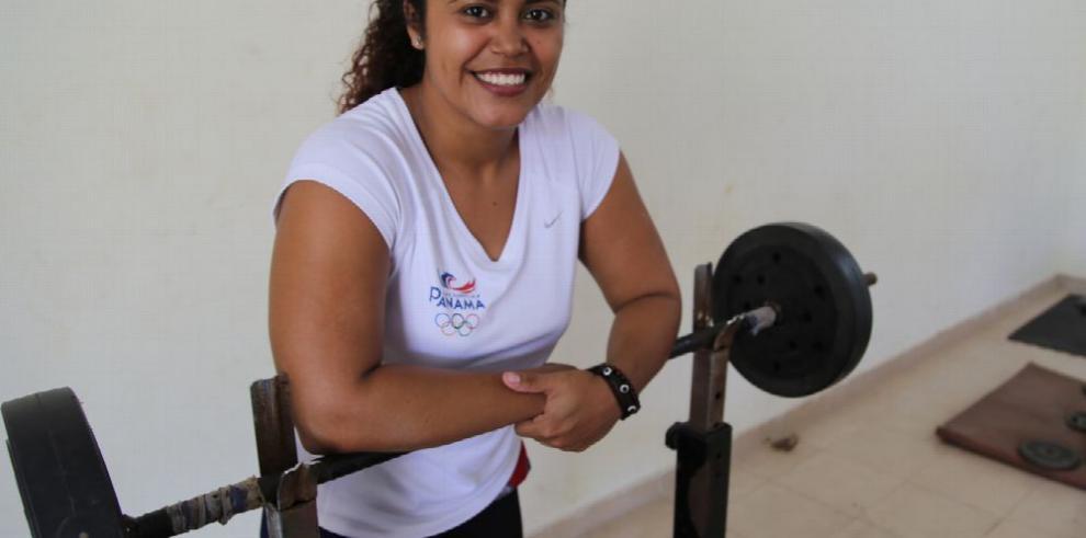 Rocío Navarro apunta al cupo olímpico 2016