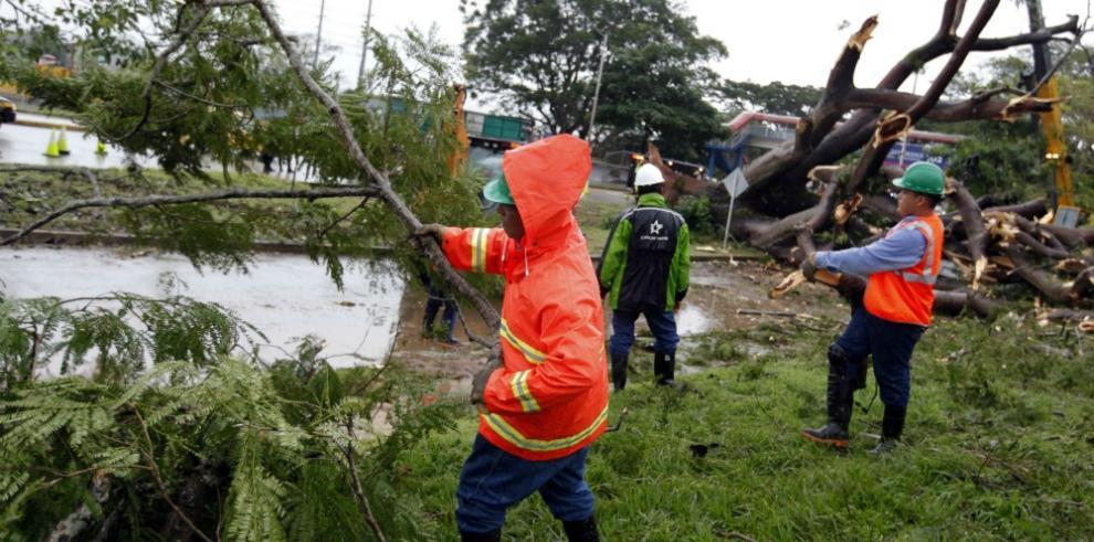 Costa Rica y Nicaragua se coordinan para enfrentar afectaciones de Otto