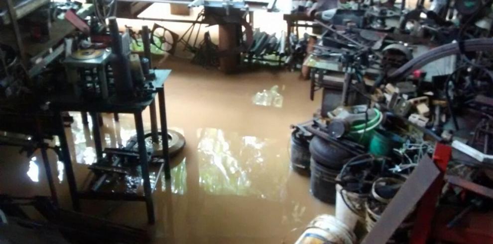 Presidente Varela pide a la población uso racional del agua potable