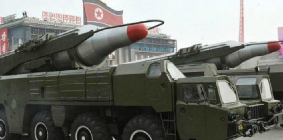 Pyongyang lanza un misil balístico que resulta fallido, según Seúl