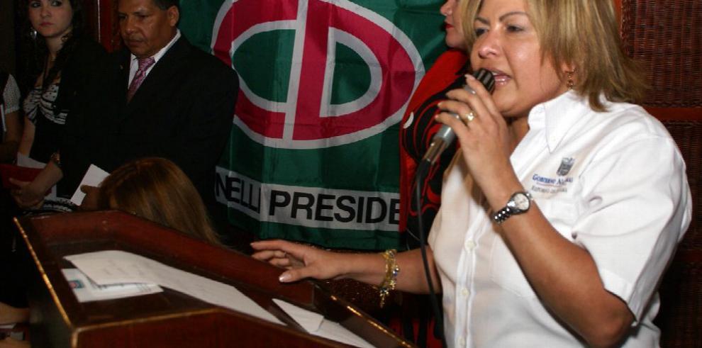 Alma Cortés enfrenta el mismo escenario que Moncada Luna