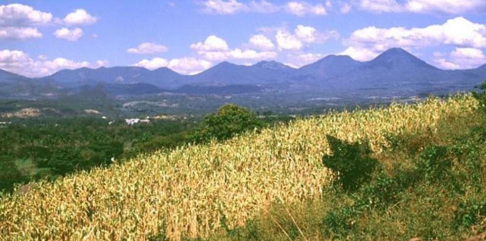 El Salvador impulsa el turismo rural