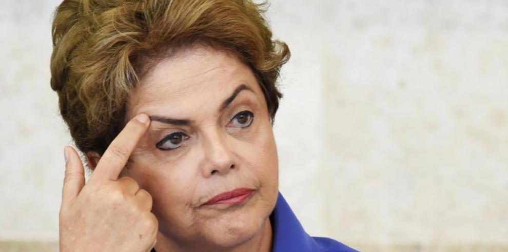 La defensa de Rousseff ve