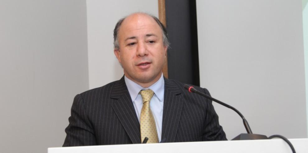 Titular Chile Transparente renuncia al aparecer en