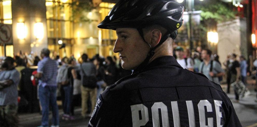 La policía de Charlotte arresta a presunto asesino de manifestante negro