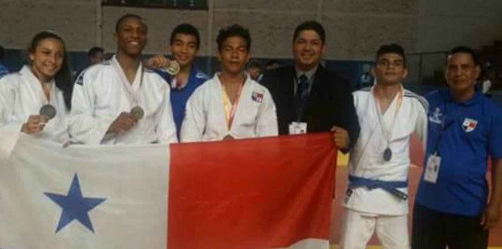 Judocas se lucen en juegos del CODICADER