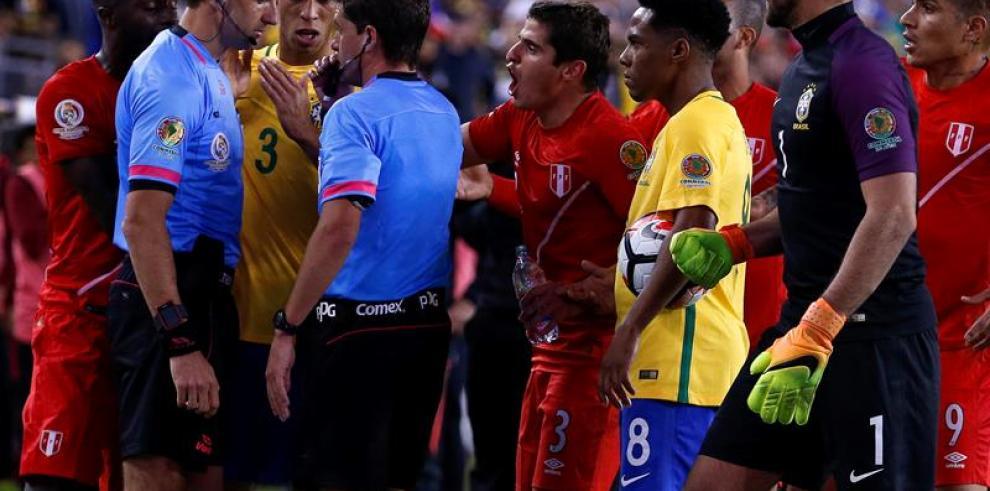 ¿Quién dio por válido el gol de Perú?
