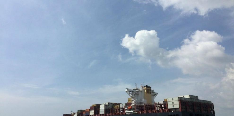 Llega al puerto de Cartagena el primer buque de tipo