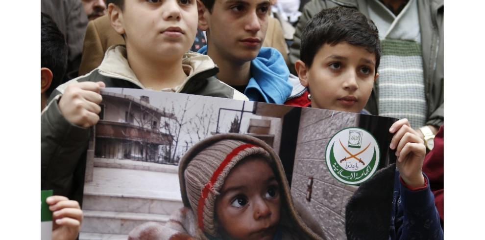 Mueren de hambre 23 personas en la asediada ciudad siria de Madaya