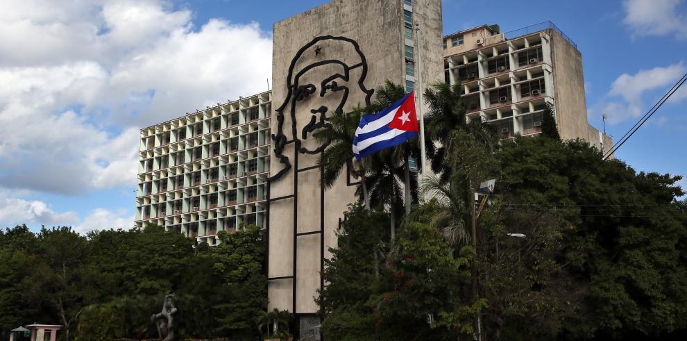 El rey Juan Carlos encabezará delegación española en despedida a Castro