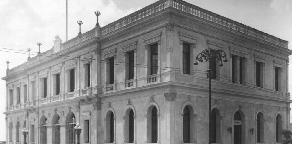 El Palacio de España, 100 años de historia