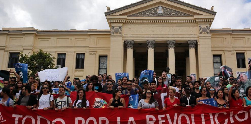 Cuba despide a Fidel Castro con caravana histórica