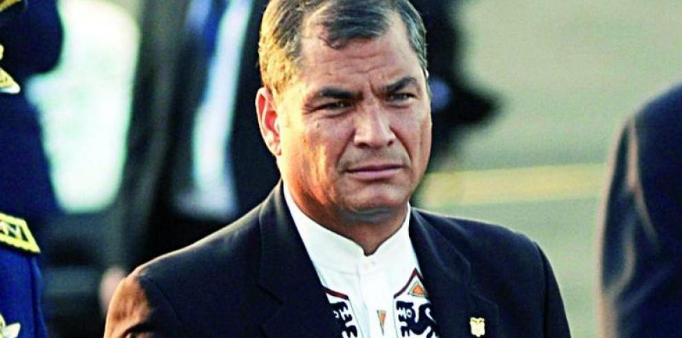 Correa enfrenta a Trump a través de Twitter