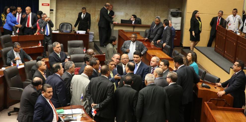 PRD lleva a un callejón sin salida al Legislativo y al Ejecutivo
