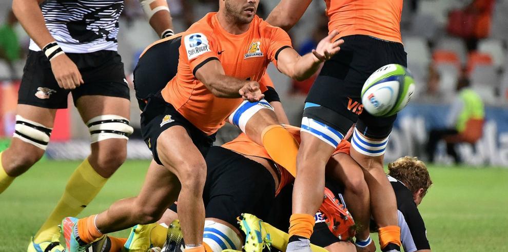 Los jaguares remotan para ganar su primer partido en el Súper Rugby