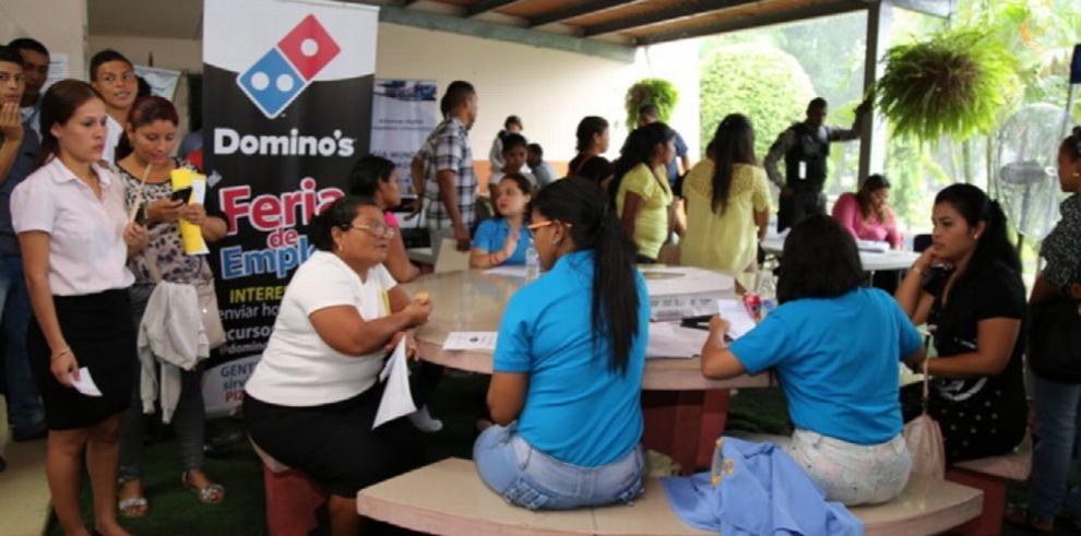 Feria de trabajo en Panamá Este atrajo a 500 postulantes