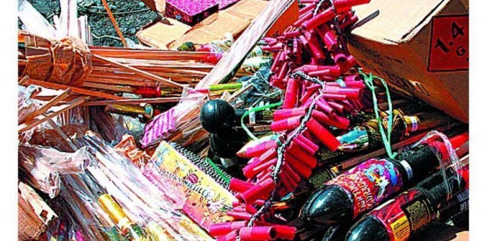 Al menos 35 muertos por explosiones en mercado de pirotecnia mexicano