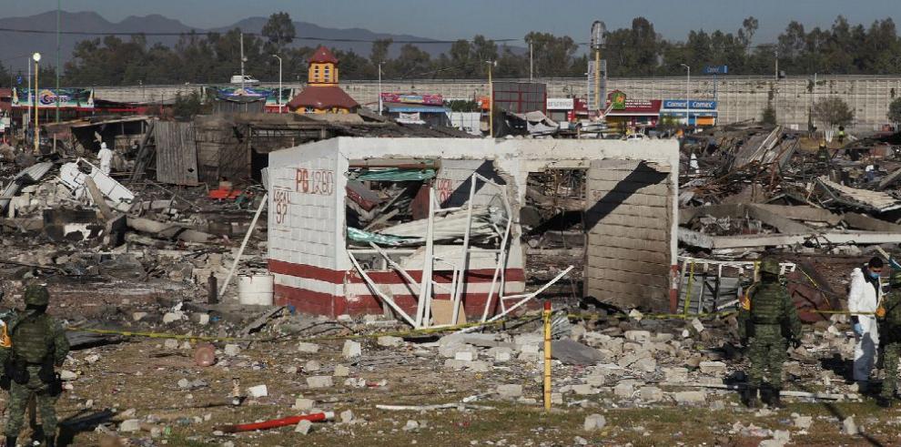 Explosión deja 31 muertos en feria de fuegos artificiales