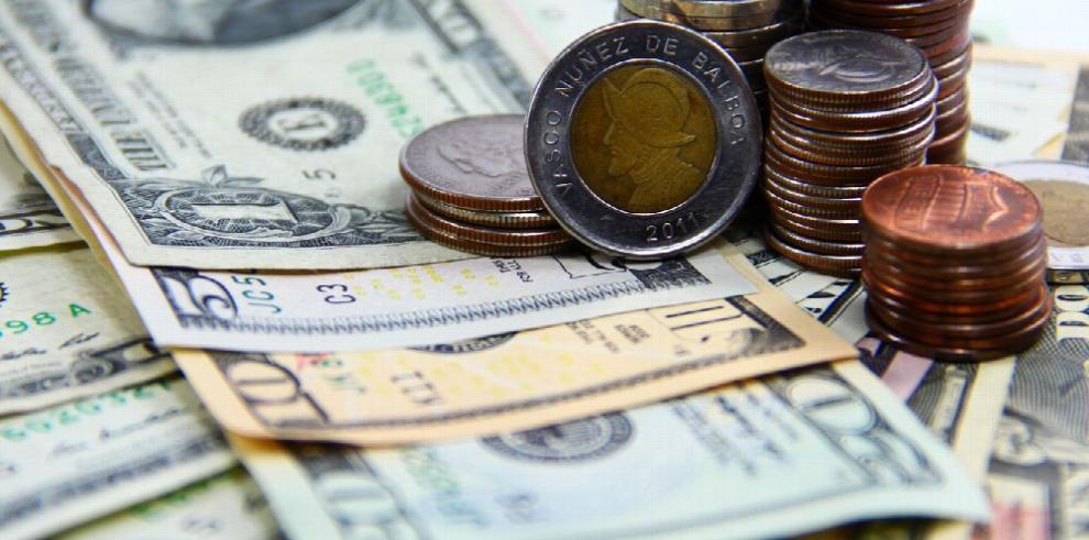 Fuga de divisas por remesas asciende a $314.3 millones