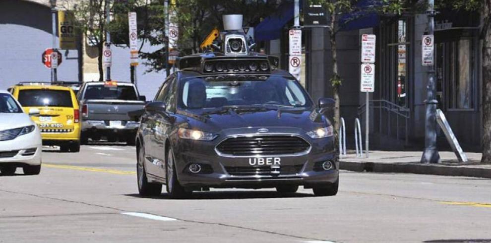 Industria automotriz acelera sin conductores